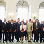 Pamiątkowe zdjęcie Profesorów z Prezydentem. foto: Eliza Radzikowska-Białobrzewska/KPRP